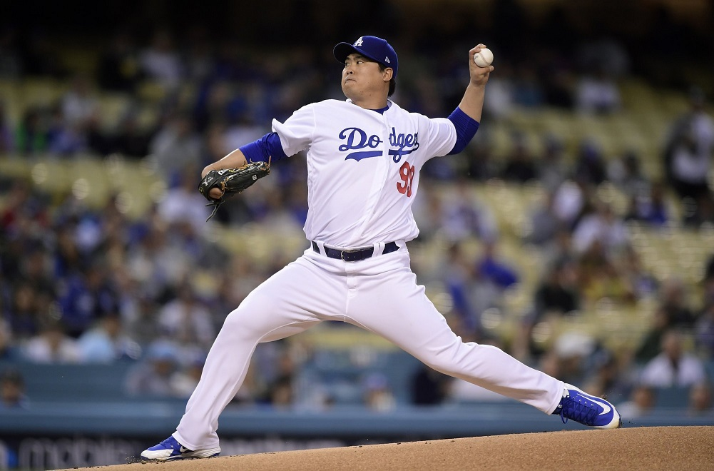 Ryu and Turner star in Dodgers' win over Braves