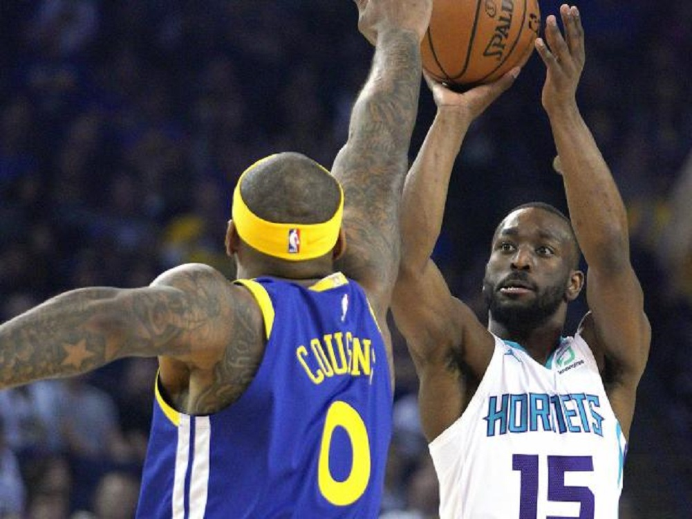 Warriors beat Hornets, clinch Pacific Division crown