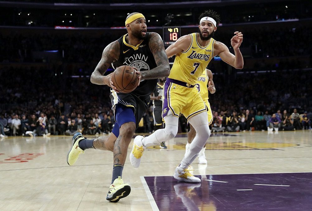 Warriors roll past Lakers, chasing West's top seed