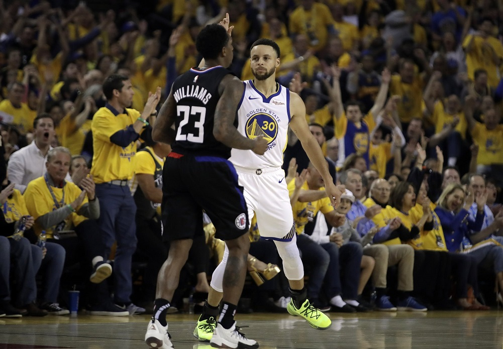 Curry's 38 points lead Warriors to Game 1 win over Clippers
