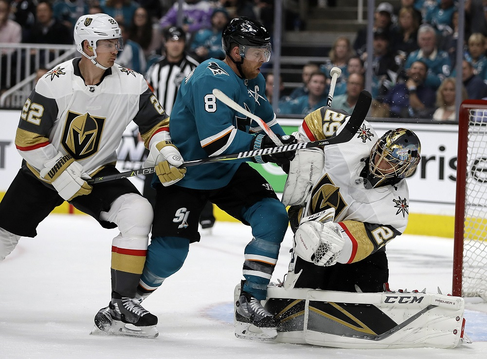 Pavelski's painful goal leads Sharks past Golden Knights