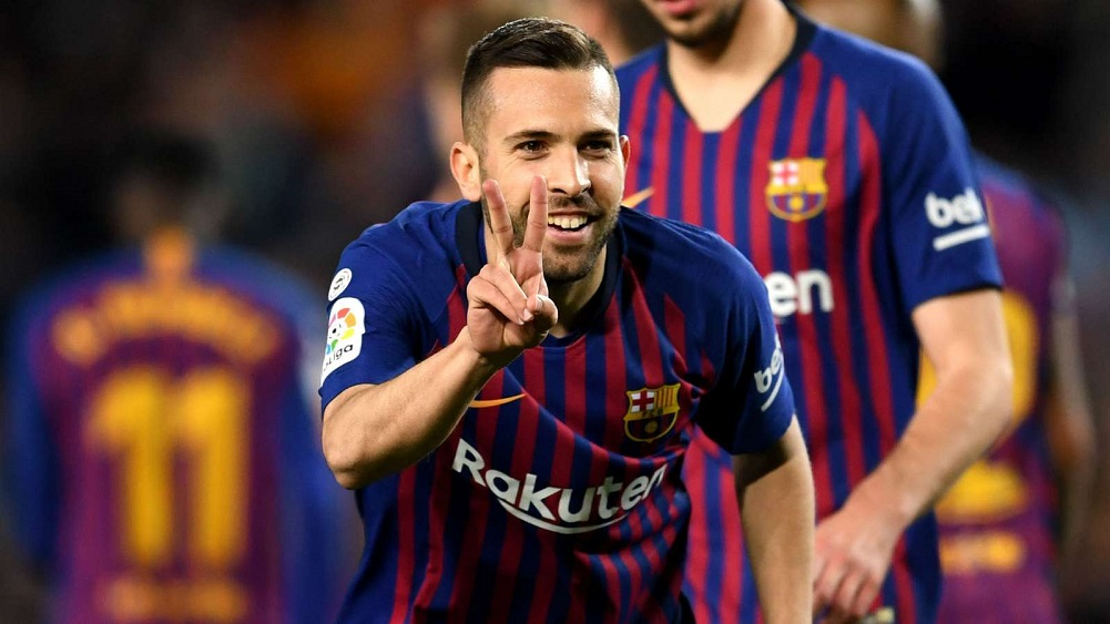 Lenglet and Alba bring title closer