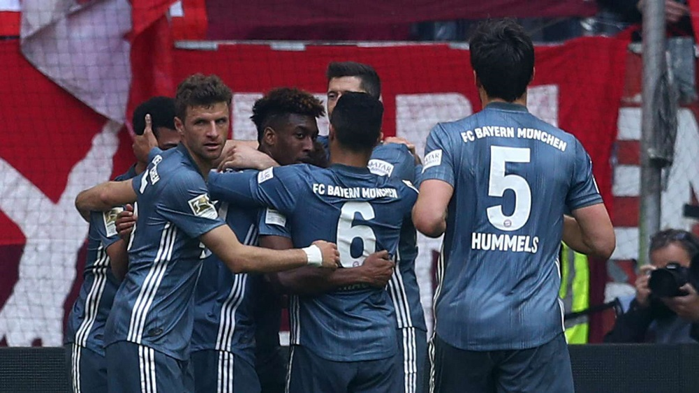 Coman double sends Kovac's side top
