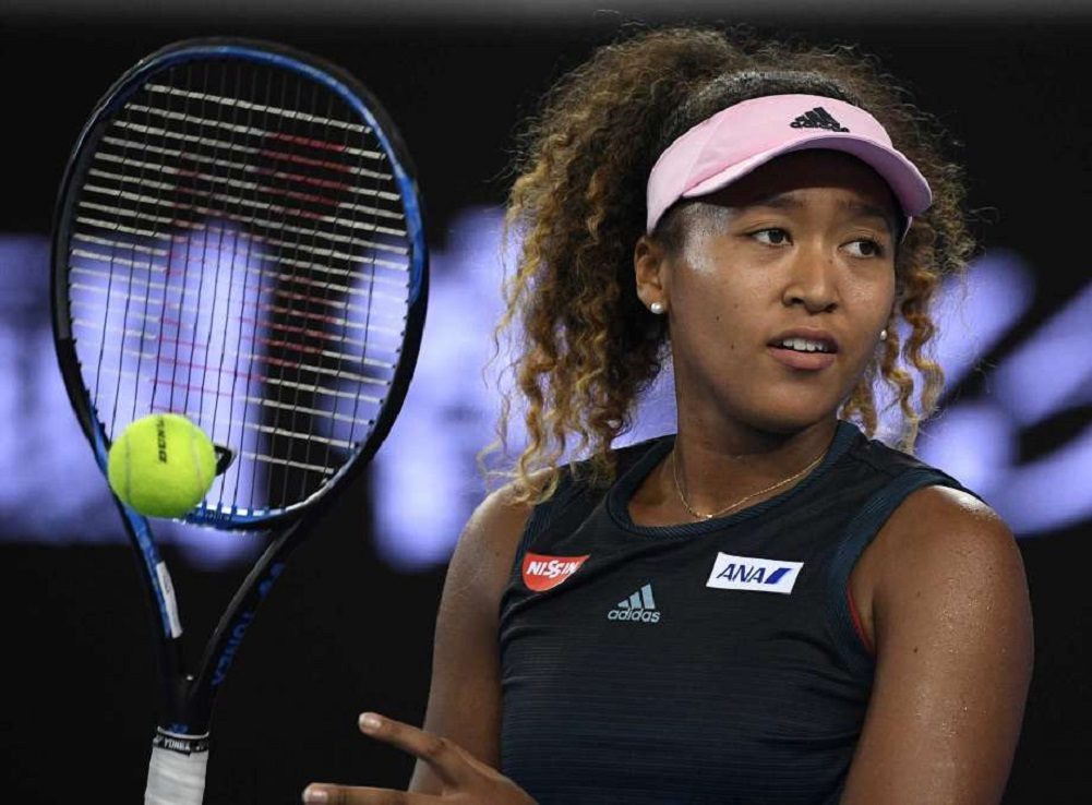 World No. 1 Naomi Osaka signs with Nike