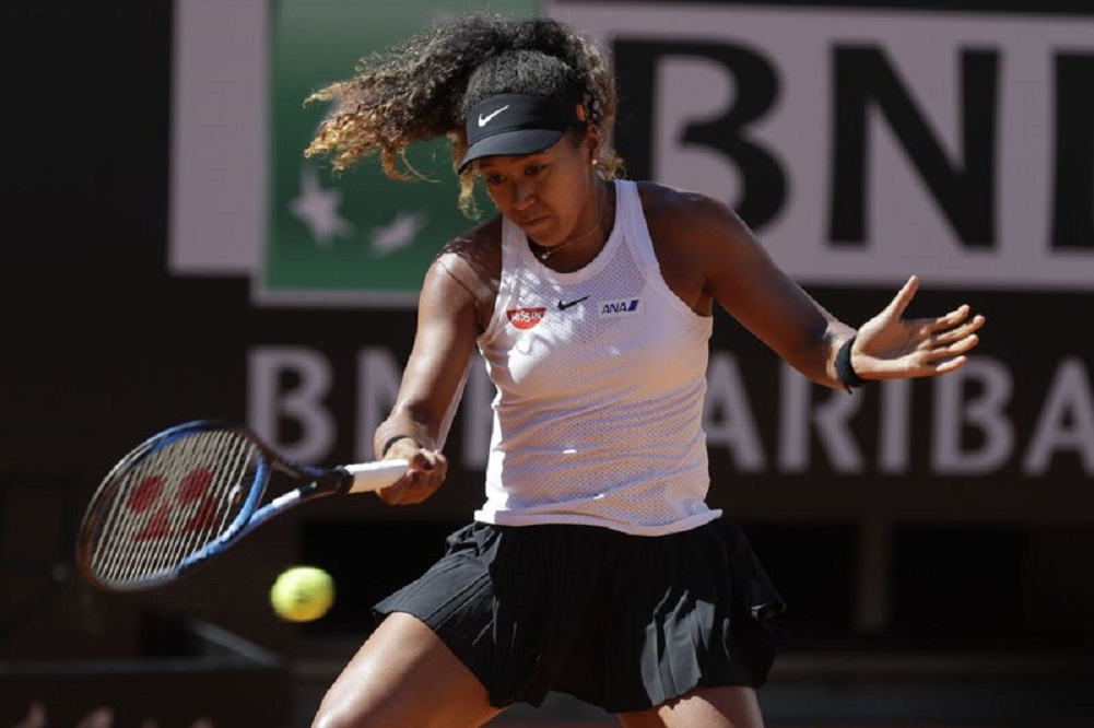 Osaka withdraws from Rome quarters with right hand injury