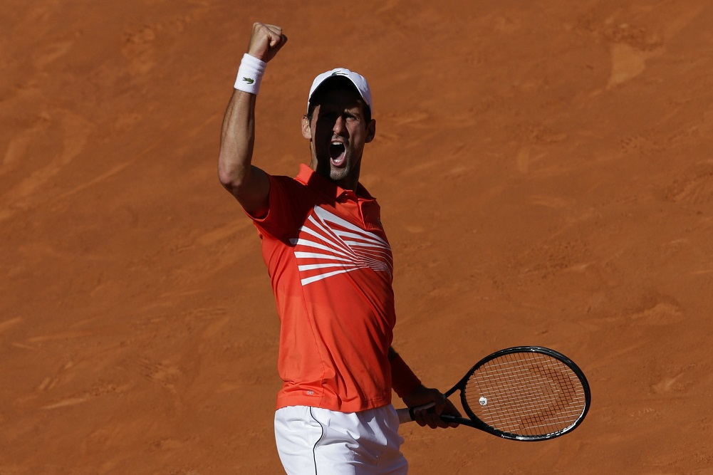 Djokovic trips Thiem in tiebreakers, reaches final