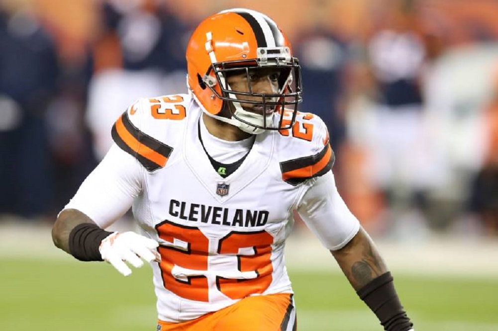 Browns' Randall out against Jets with concussion, Smith back