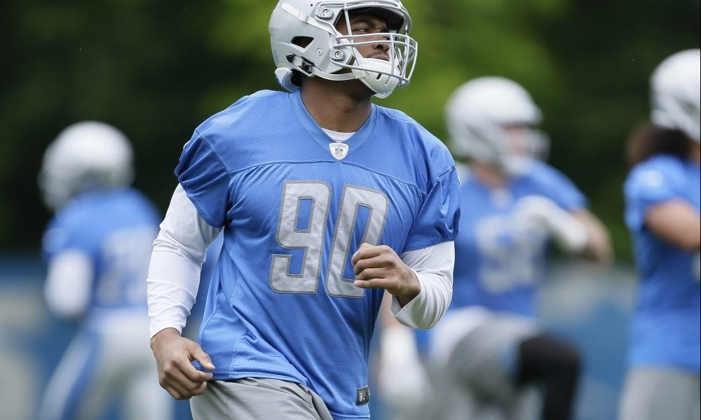 Lions put Flowers, Longa on PUP list before opening camp