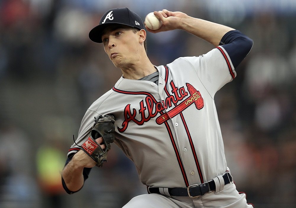 Swanson, Freeman go back-to-back as Braves beat Giants