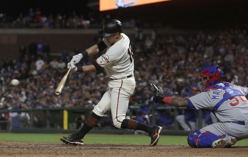 Panik's double caps 3-run 8th as Giants rally past Cubs