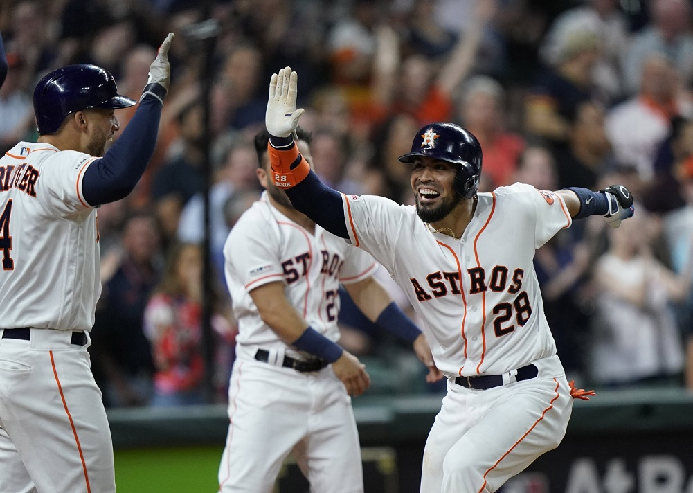 Long 3-run blast by Chirinos lifts Astros over Indians
