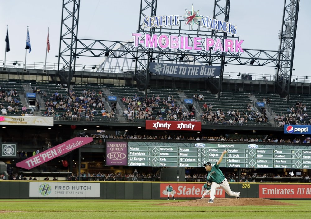 Murphy, Smith rally Mariners to win over Tigers