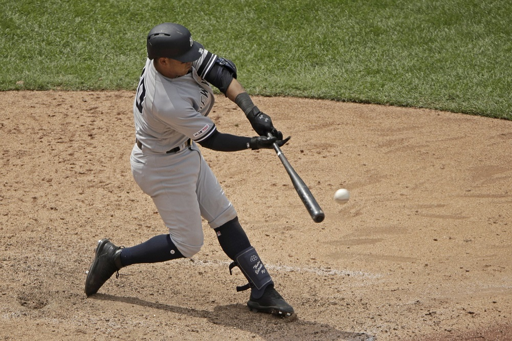 Voit, Yanks beat KC, open twinbill with 6th win in row