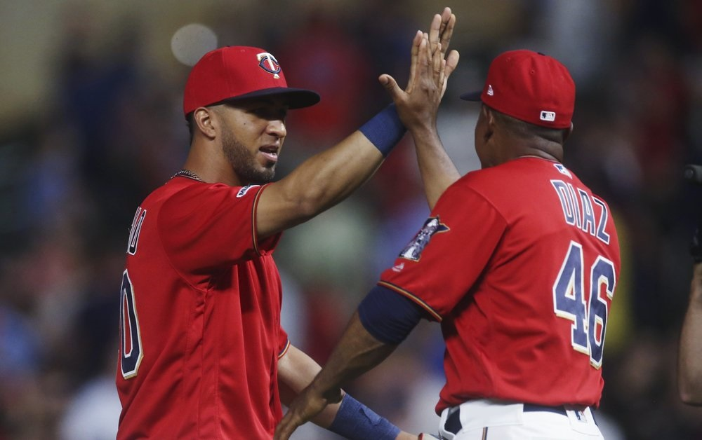 Rosario's pinch-hit 3-run HR lifts Twins in win vs. A's