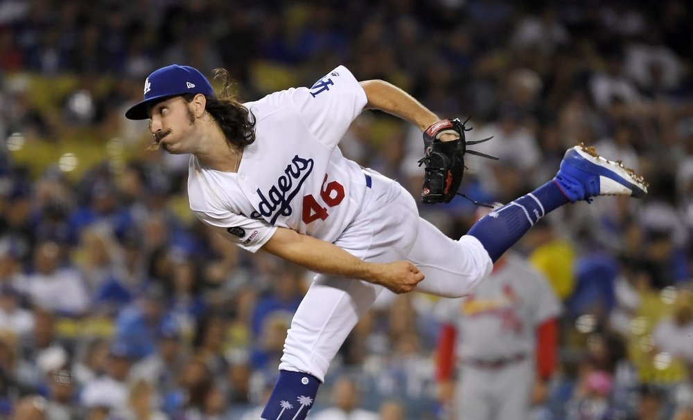 Tony Gonsolin earns 1st win in Dodgers' rout of Cards