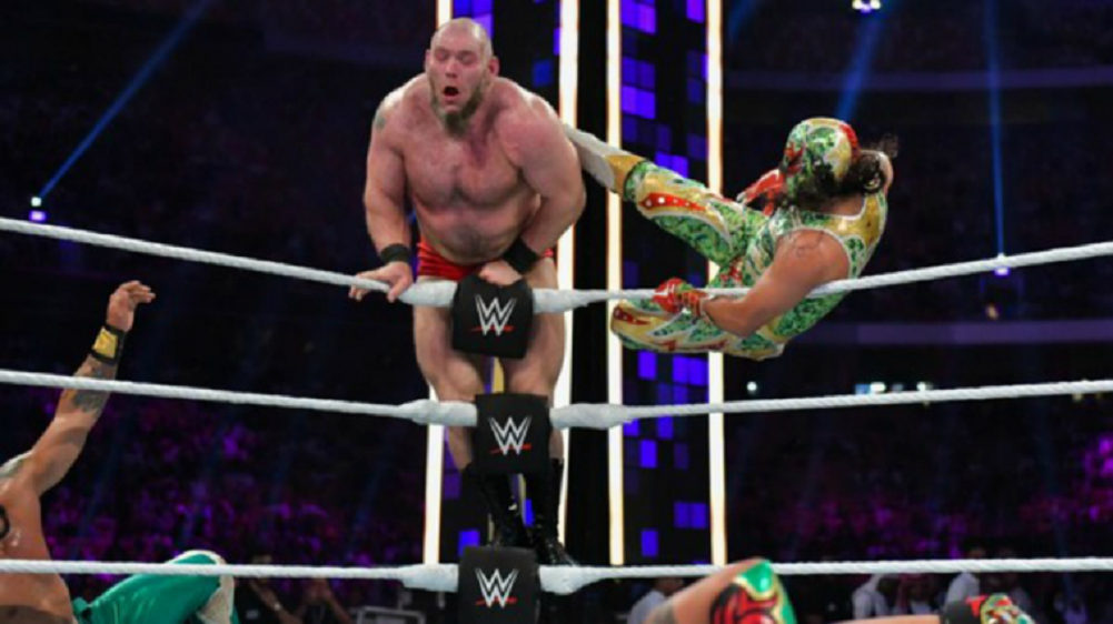 Finish changed to Lars Sullivan/Lucha House Party match at WWESSD