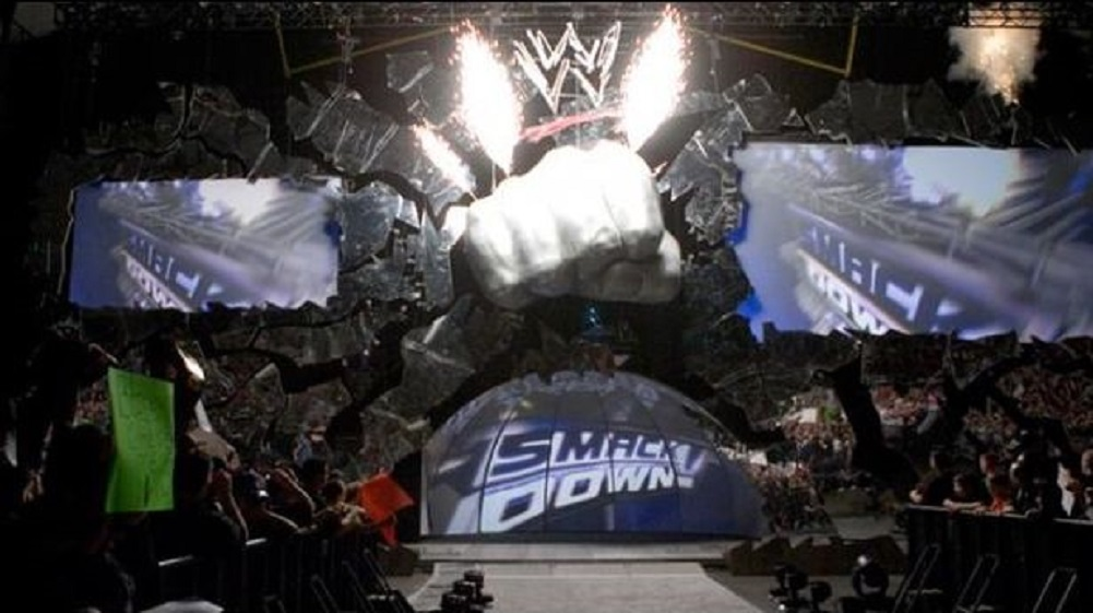 SmackDown fist possibly returning to show's set upon move to Fox