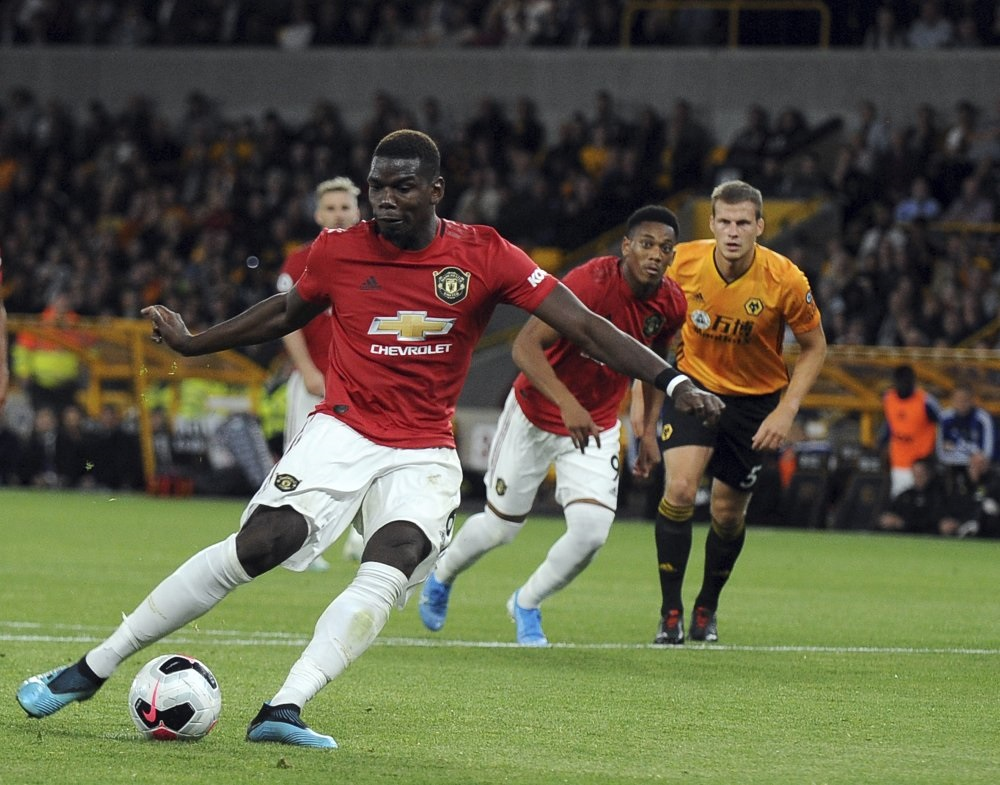 Pogba has penalty saved as Man United held by Wolves on a draw