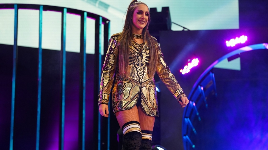 Britt Baker claims to have broken wrist, says she won't miss time