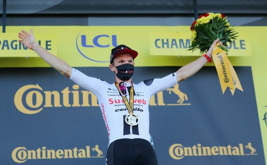 Kragh Andersen takes second Tour stage win with late solo attack