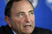 Bettman defends NHL's expansion playoff format