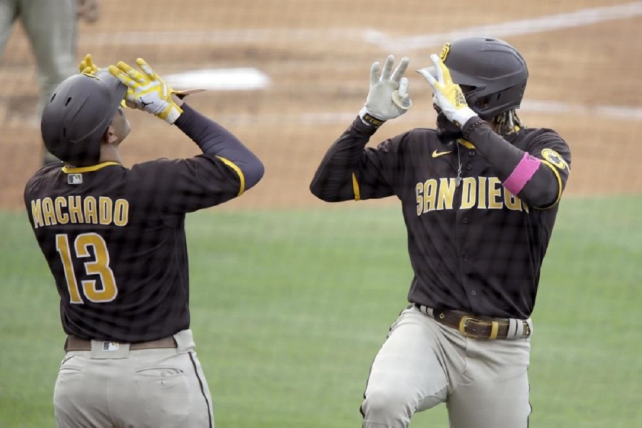 San Diego Padres v Los Angeles Dodgers: Padres rally from late 6-run deficit, beat Dodgers