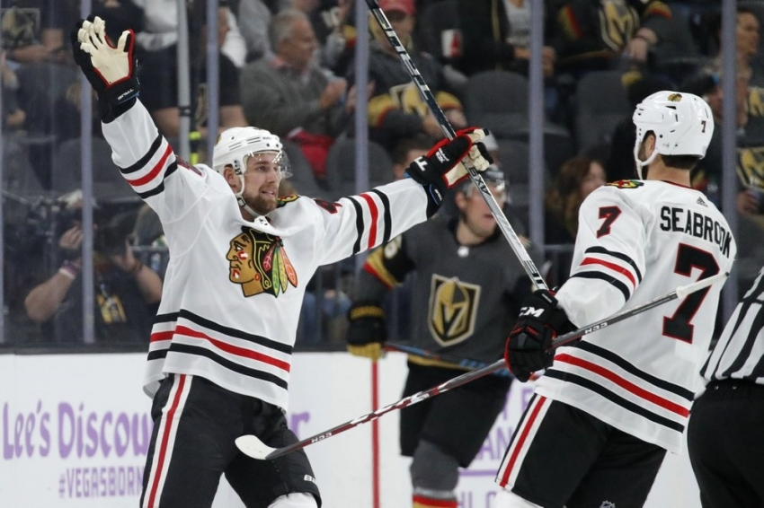 Crawford, Blackhawks win for 1st victory over Vegas