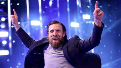 "WWE ""pushing hard"" to re-sign Daniel Bryan"