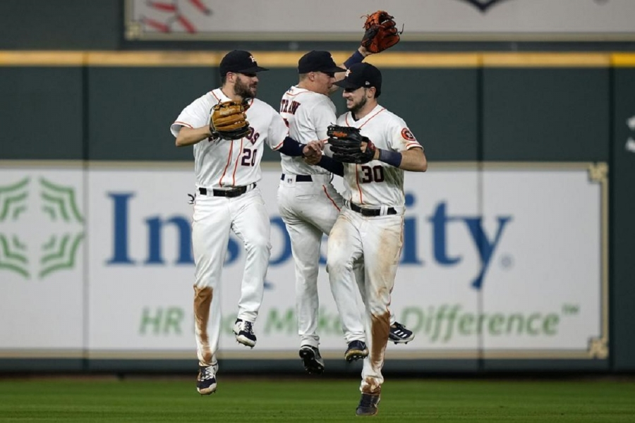Boston Red Sox v Houston Astros: Garcia throws 7 solid innings, Astros beat Red Sox