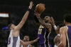 Davis' block at buzzer ensures Lakers' win over Kings