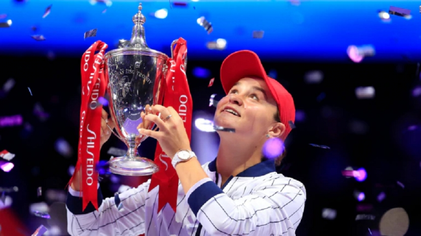 Barty beats Svitolina to win WTA Finals title