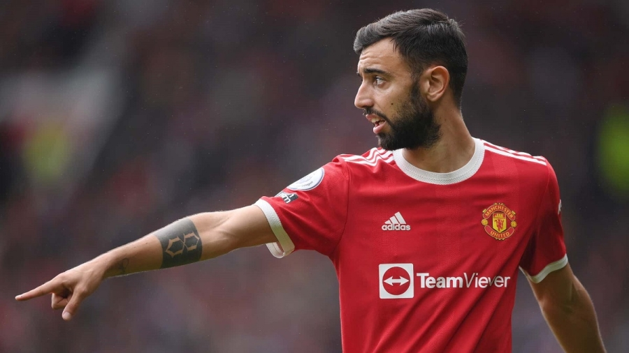 Fernandes doubtful for Manchester United clash with Liverpool