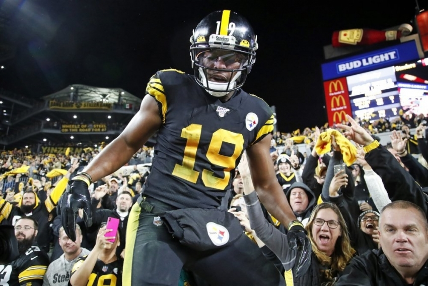 Steelers overcome slow start, drop winless Dolphins