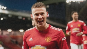 Manchester United v Leeds United: McTominay makes history as fast-starting hosts ease to victory