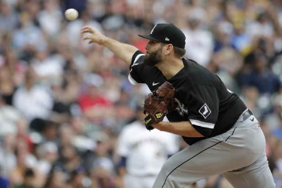 Chicago White Sox v Milwaukee Brewers: White Sox top Brewers behind Lynn, avoid sweep