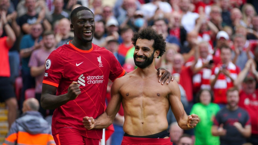 Liverpool v Crystal Palace: Sadio Mane nets 100th Reds goal as Jurgen Klopp's side go top of Premier League table