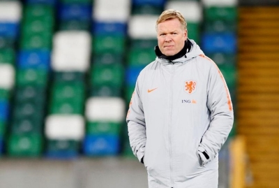 Netherlands manager Koeman hospitalised with heart problems