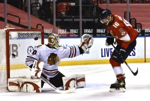 Chicago Blackhawks v Florida Panthers: Yandle gets 100th NHL goal, Panthers beat Blackhawks