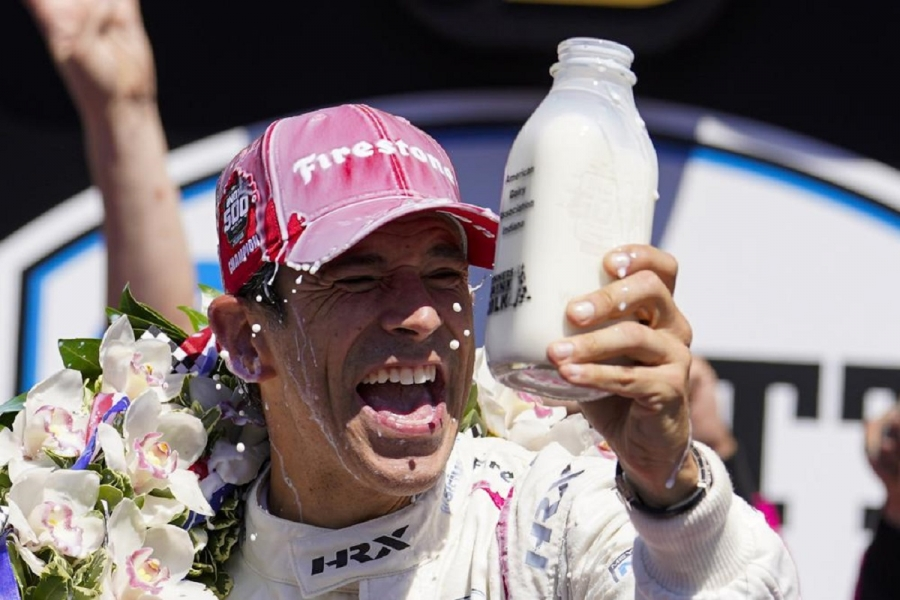 Good company: Helio Castroneves wins Indy 500 for 4th time