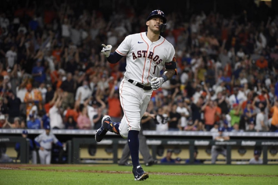 Los Angeles Dodgers v Houston Astros: Astros slug 3 homers to end skid with win over Dodgers