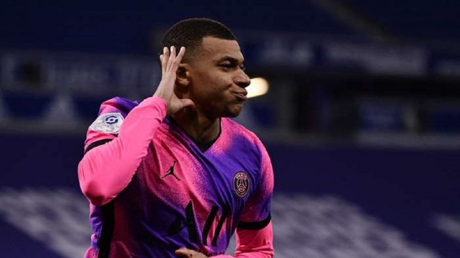 Pochettino picks out Mbappe as easiest player to manage