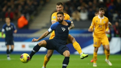 Giroud penalty marks Euro 2020 qualification in style