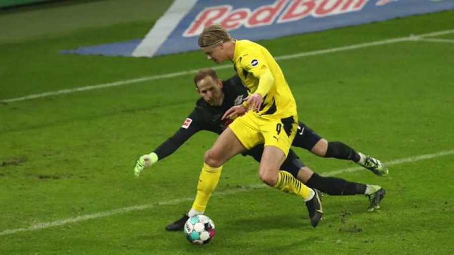 RB Leipzig v Borussia Dortmund: Haaland at the double as Bayern stay top